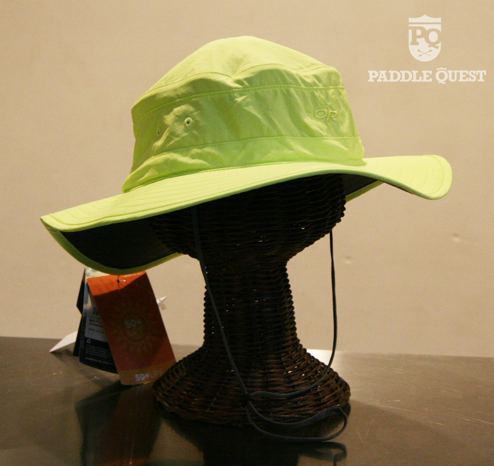 9b6ecf16c1a0cb 左からOutdoor Research Helios Sun Hat カラー:Glaciar Outdoor Research Solar  Roller Hat カラー:Laurel、Violet